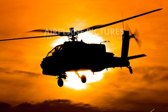 Q-19 - Netherlands - Air Force Boeing AH-64D Apache