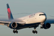 N154DL - Delta Air Lines Boeing 767-300 aircraft