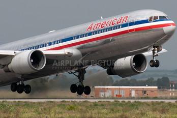 N368AA - American Airlines Boeing 767-300ER