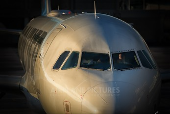 N204FR - Frontier Airlines Airbus A320