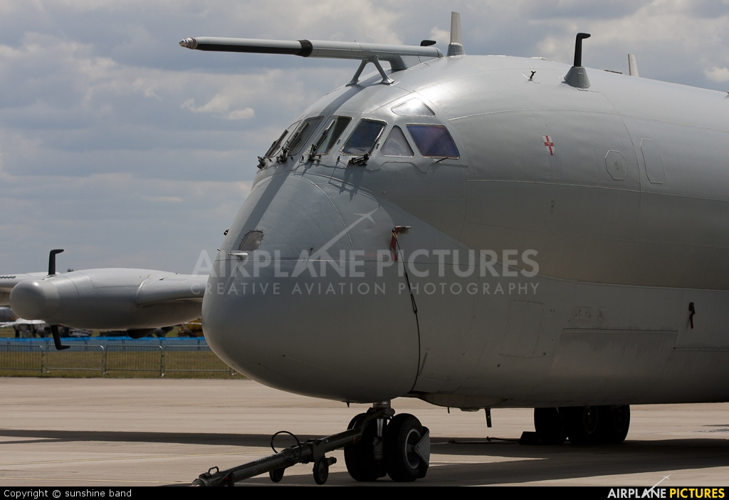 Royal Air Force XW664 aircraft at Waddington