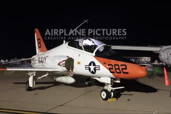 165636 - USA - Navy Boeing T-45C Goshawk