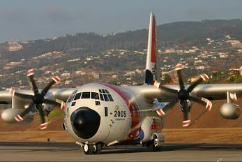 2005 - USA - Coast Guard Lockheed HC-130J Hercules