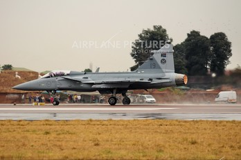 19 - South Africa - Air Force SAAB JAS 39C Gripen