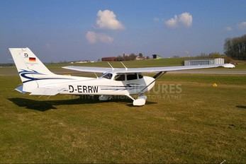 D-ERRW - Private Cessna 172 Skyhawk (all models except RG)