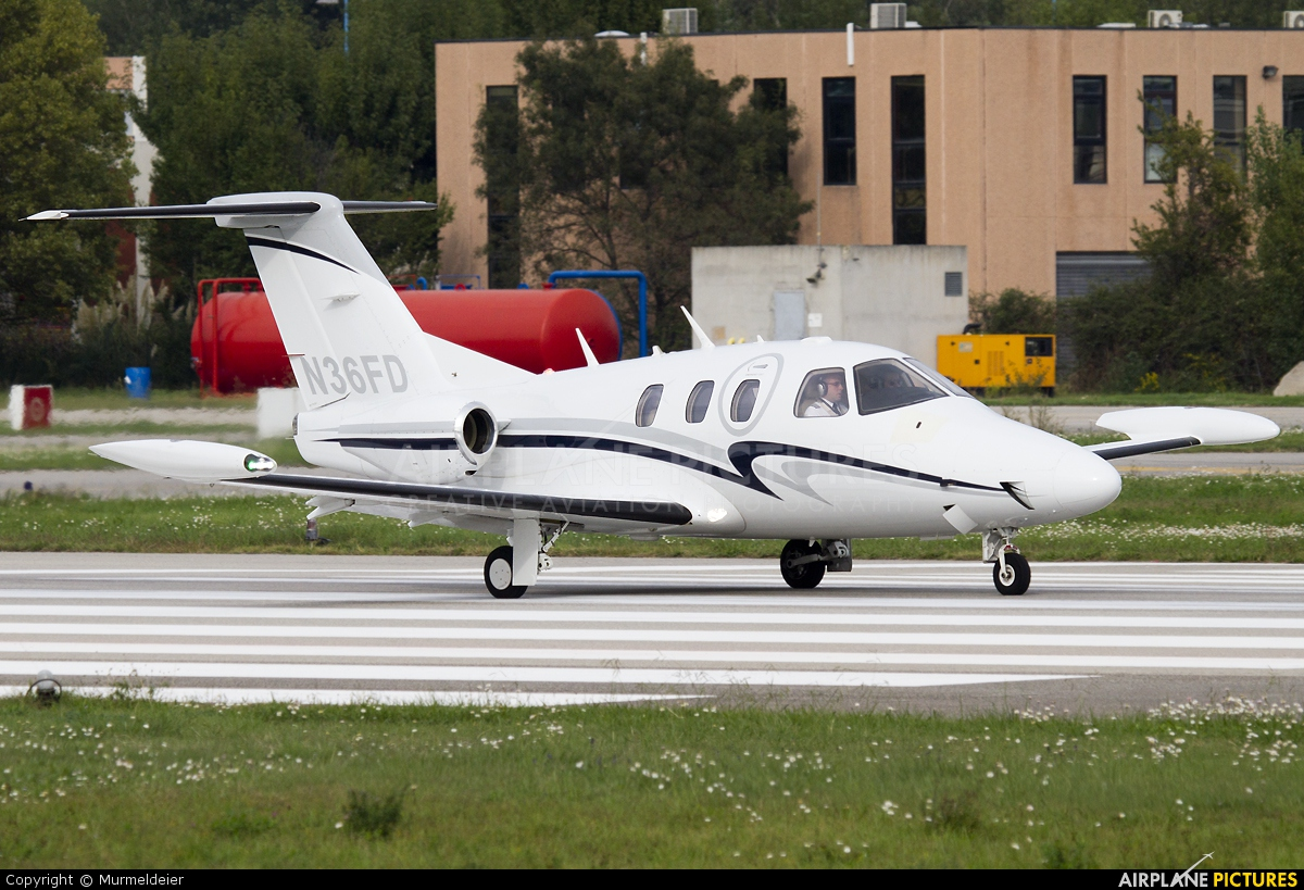 Private N36FD aircraft at Cannes - Mandelieu