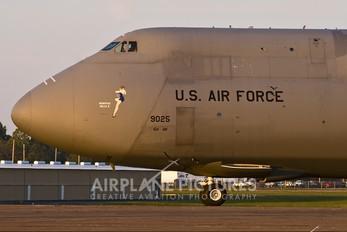 69-0025 - USA - Air Force Lockheed C-5A Galaxy