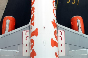G-EZTK - easyJet Airbus A320