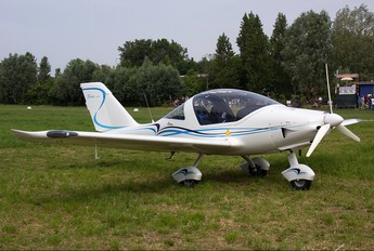 T7-MBE - Private TL-Ultralight TL-2000 Sting S4