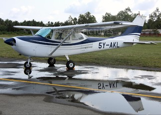5Y-AKL - Private Cessna 172 Skyhawk (all models except RG)