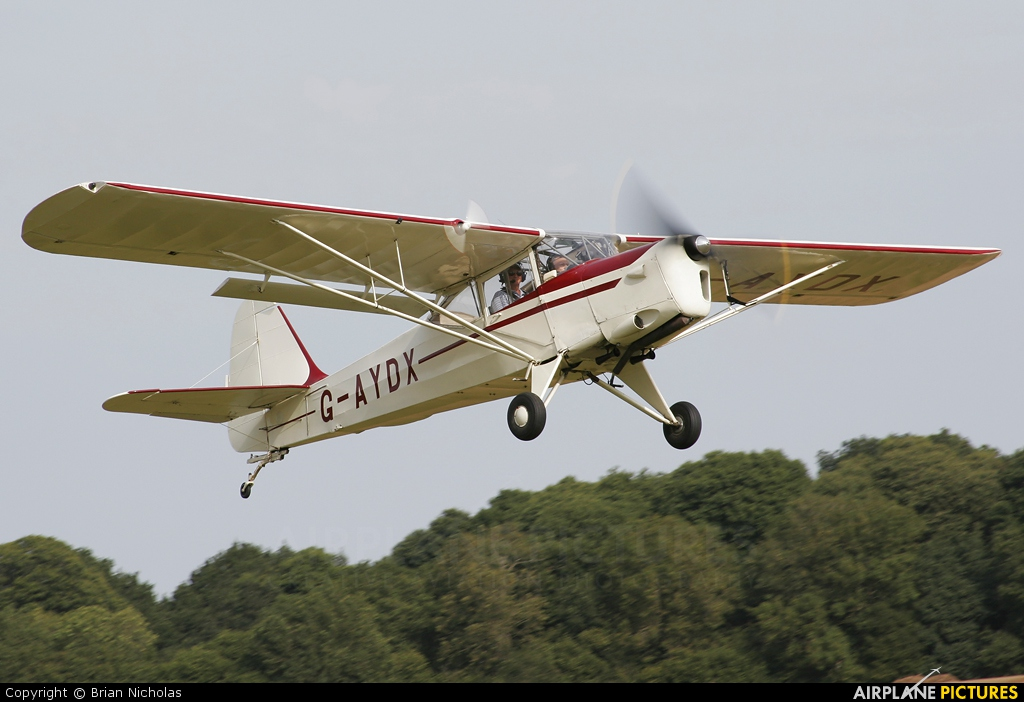 Private G-AYDX aircraft at Popham