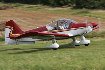 G-PSFG - Private Robin R2160
