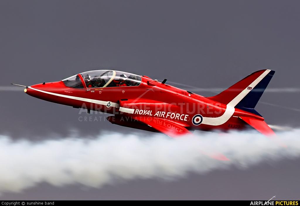 """Royal Air Force """"Red Arrows"""" XX322 aircraft at Waddington"""