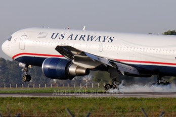 N246AY - US Airways Boeing 767-200ER