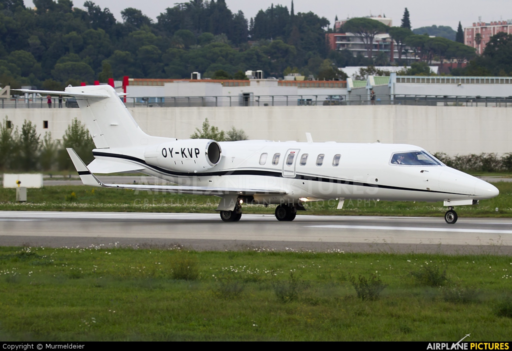 Private OY-KVP aircraft at Cannes - Mandelieu
