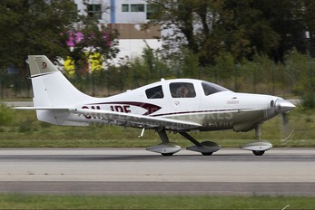 OM-IPE - Private Cessna 400 Corvalis