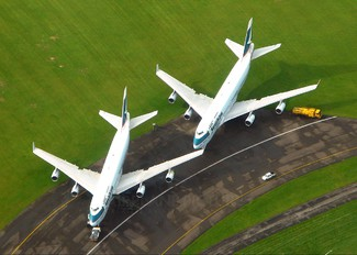 B-HOT - Cathay Pacific Boeing 747-400