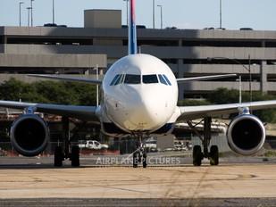 - - Delta Air Lines Airbus A319