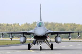 4082 - Poland - Air Force Lockheed Martin F-16D Jastrząb