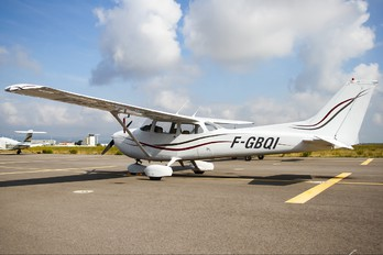 F-GBQI - Private Cessna 172 Skyhawk (all models except RG)