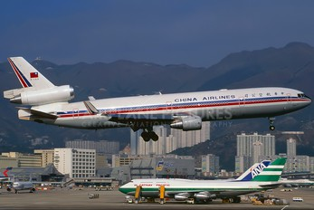 B-153 - China Airlines McDonnell Douglas MD-11
