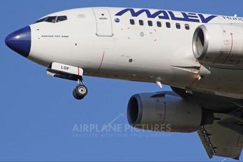 HA-LOG - Malev Boeing 737-600