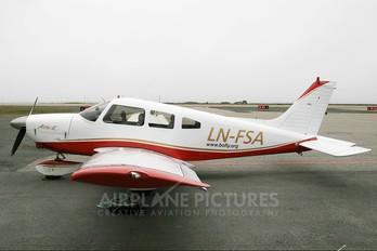 LN-FSA - Private Piper PA-28 Archer