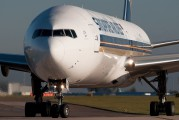 9V-SWH - Singapore Airlines Boeing 777-300ER aircraft
