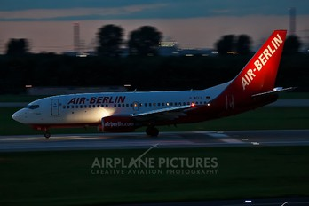 D-AGES - Air Berlin Boeing 737-700