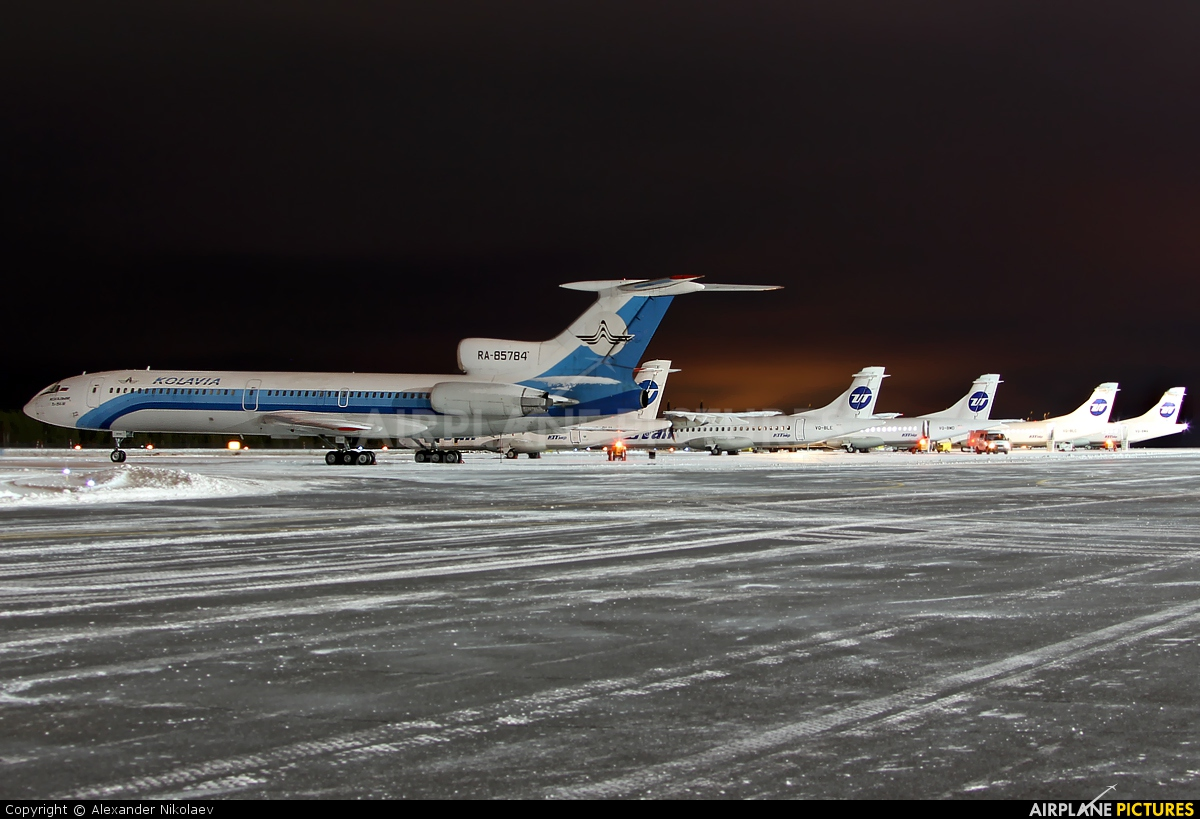 Kolavia RA-85784 aircraft at Surgut