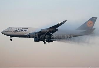 D-ABTC - Lufthansa Boeing 747-400