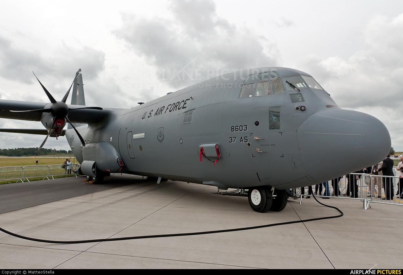 USA - Air Force 08-8603 aircraft at Berlin - Schönefeld