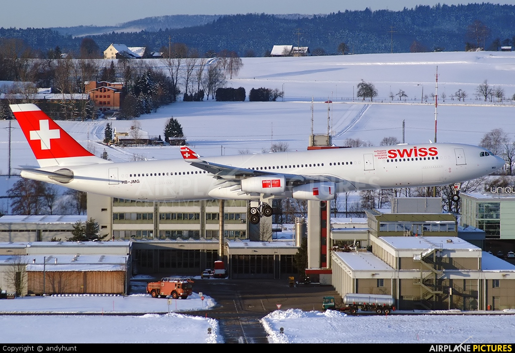 Swiss HB-JMG aircraft at Zurich