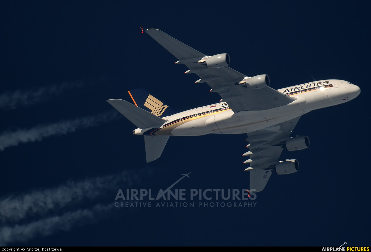 Singapore Airlines 9V-SKN aircraft at In Flight - Poland