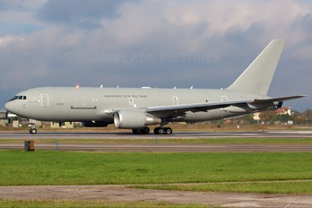 MM62228 - Italy - Air Force Boeing KC-767A