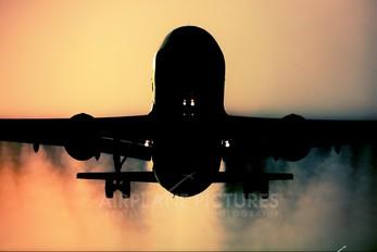 - - Lufthansa Airbus A320