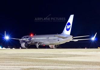 VQ-BEZ - UTair Boeing 757-200WL