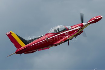 "ST-03 - Belgium - Air Force ""Les Diables Rouges"" SIAI-Marchetti SF-260"