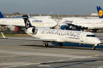 D-ACPT - Lufthansa Regional - CityLine Canadair CL-600 CRJ-701