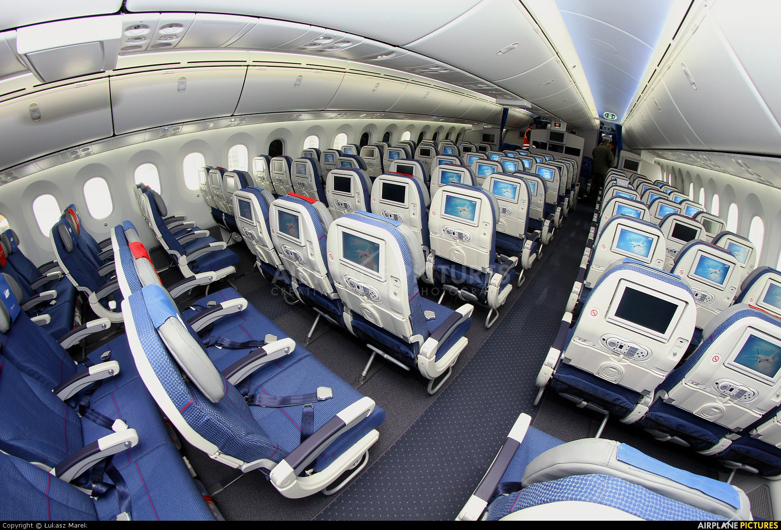 Sp Lra Lot Polish Airlines Boeing 787 8 Dreamliner At