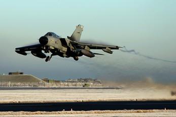 ZA556 - Royal Air Force Panavia Tornado GR.4 / 4A
