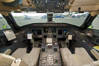 - - Armavia Canadair CL-600 CRJ-200