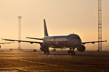 VQ-BCX - Ural Airlines Airbus A321