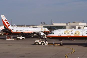 N707TW - TWA Boeing 757-200