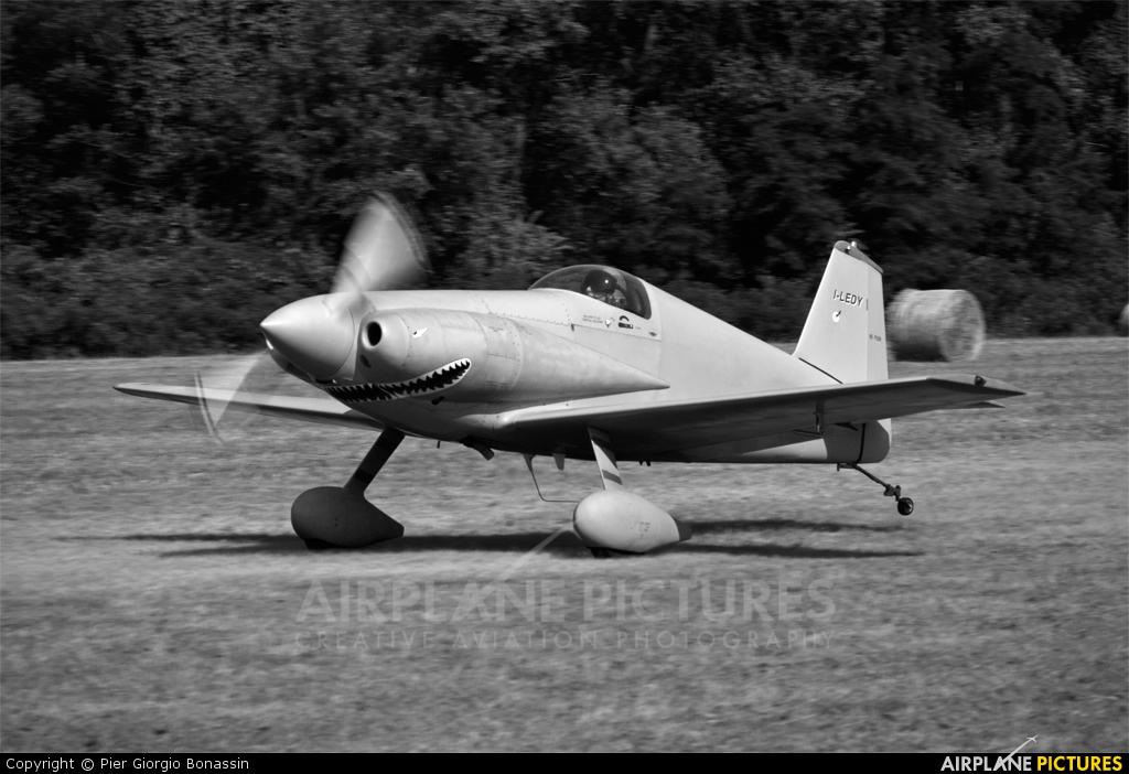 Aircraft midget mustang