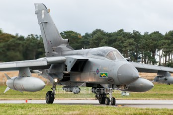 ZD811 - Royal Air Force Panavia Tornado GR.4 / 4A
