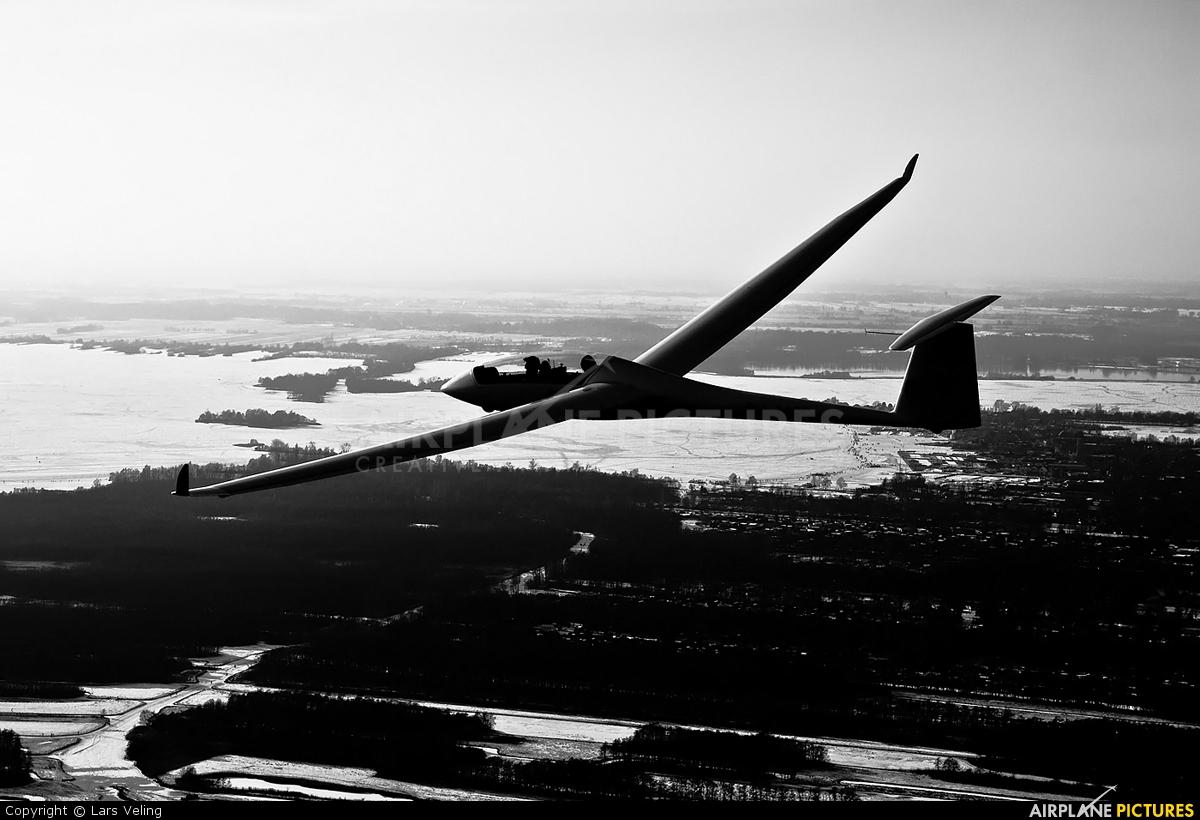Private PH-1489 aircraft at Hilversum