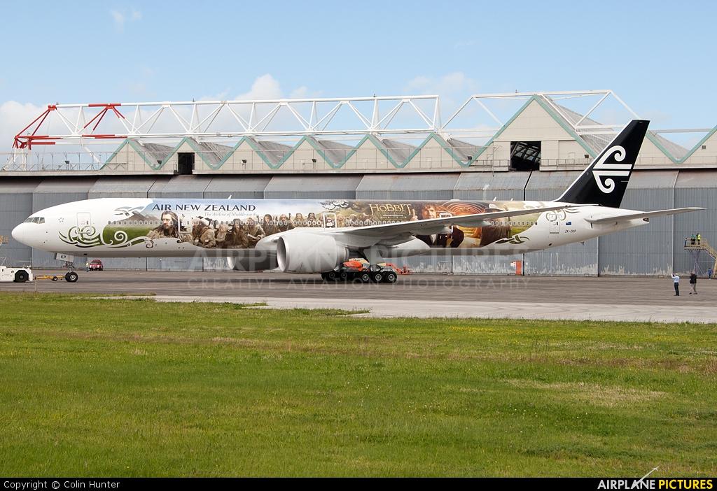 Air New Zealand ZK-OKP aircraft at Auckland Intl
