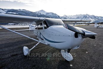 OE-KHC - Private Cessna 172 Skyhawk (all models except RG)