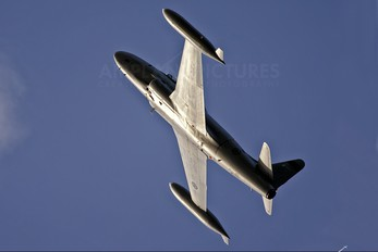 NX865SA - Private Canadair CT-133 Silver Star 3